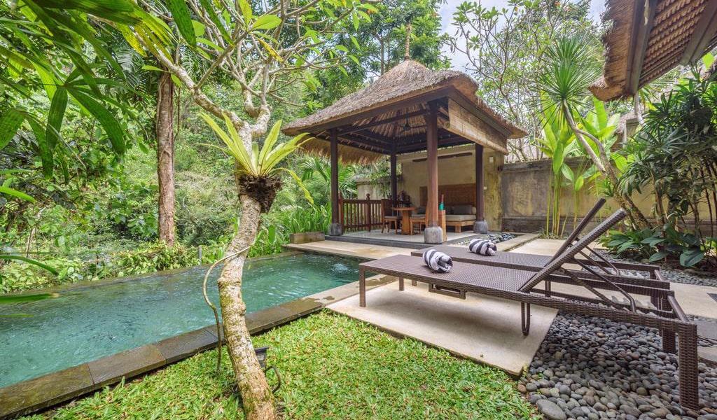 Luxury Villa with Private Pool 4-min