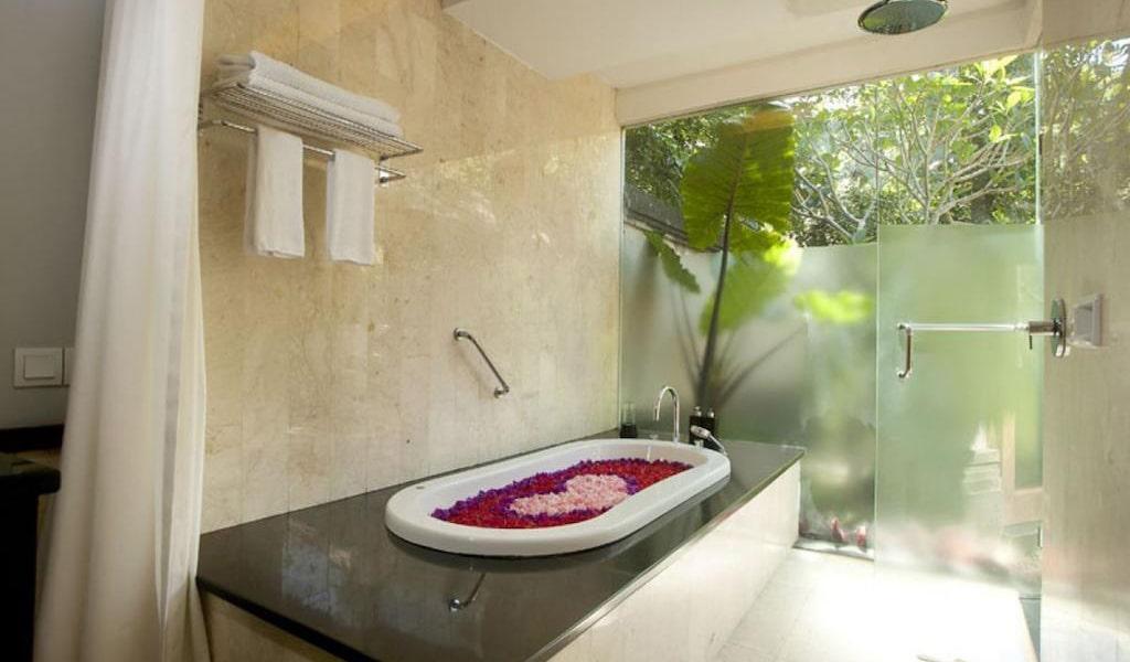 Luxury Villa with Private Pool 8-min