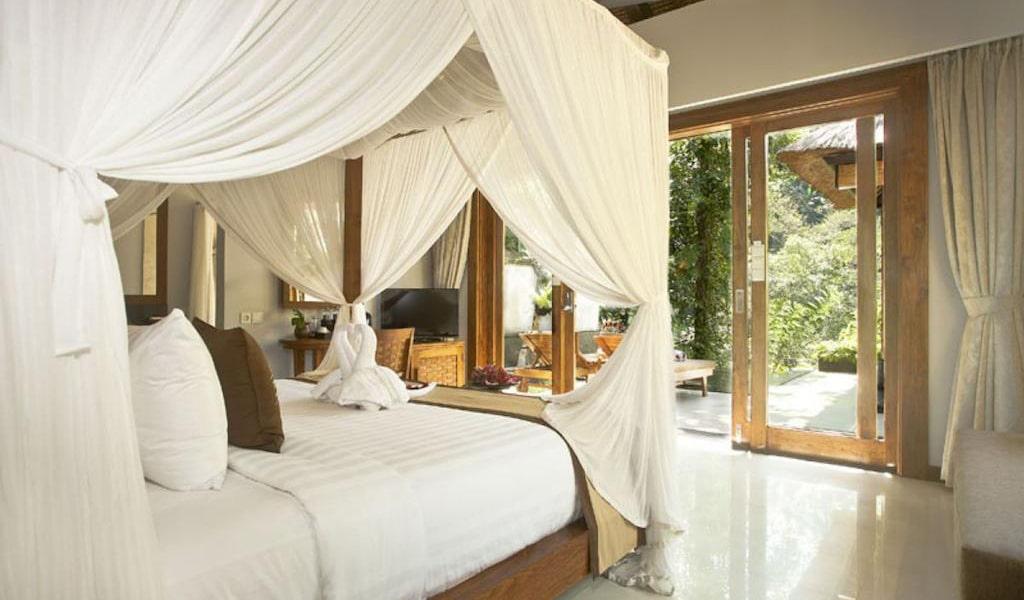 Luxury Villa with Private Pool 9-min