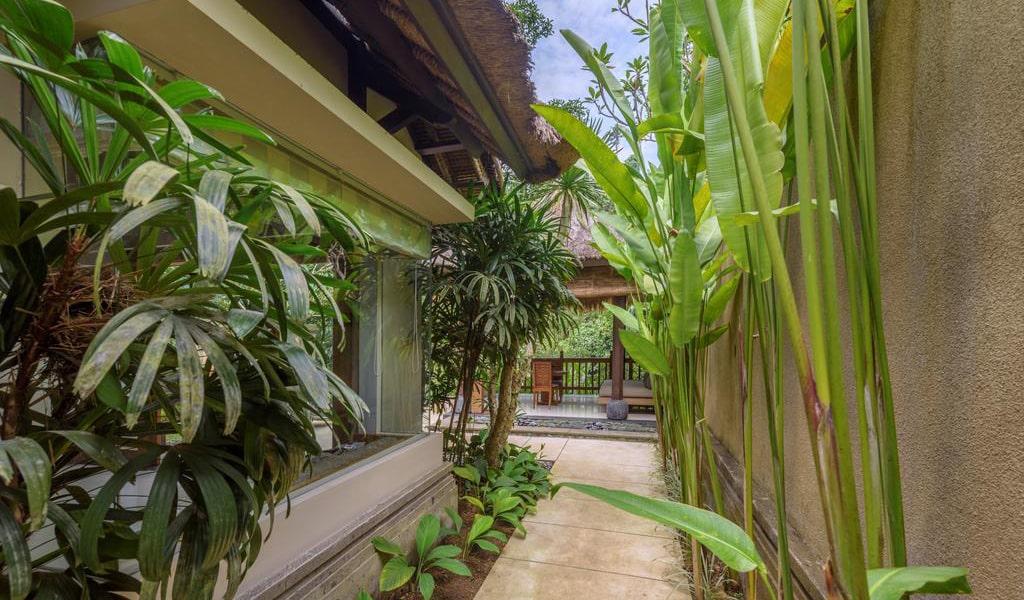 Luxury Villa with Private Pool-min