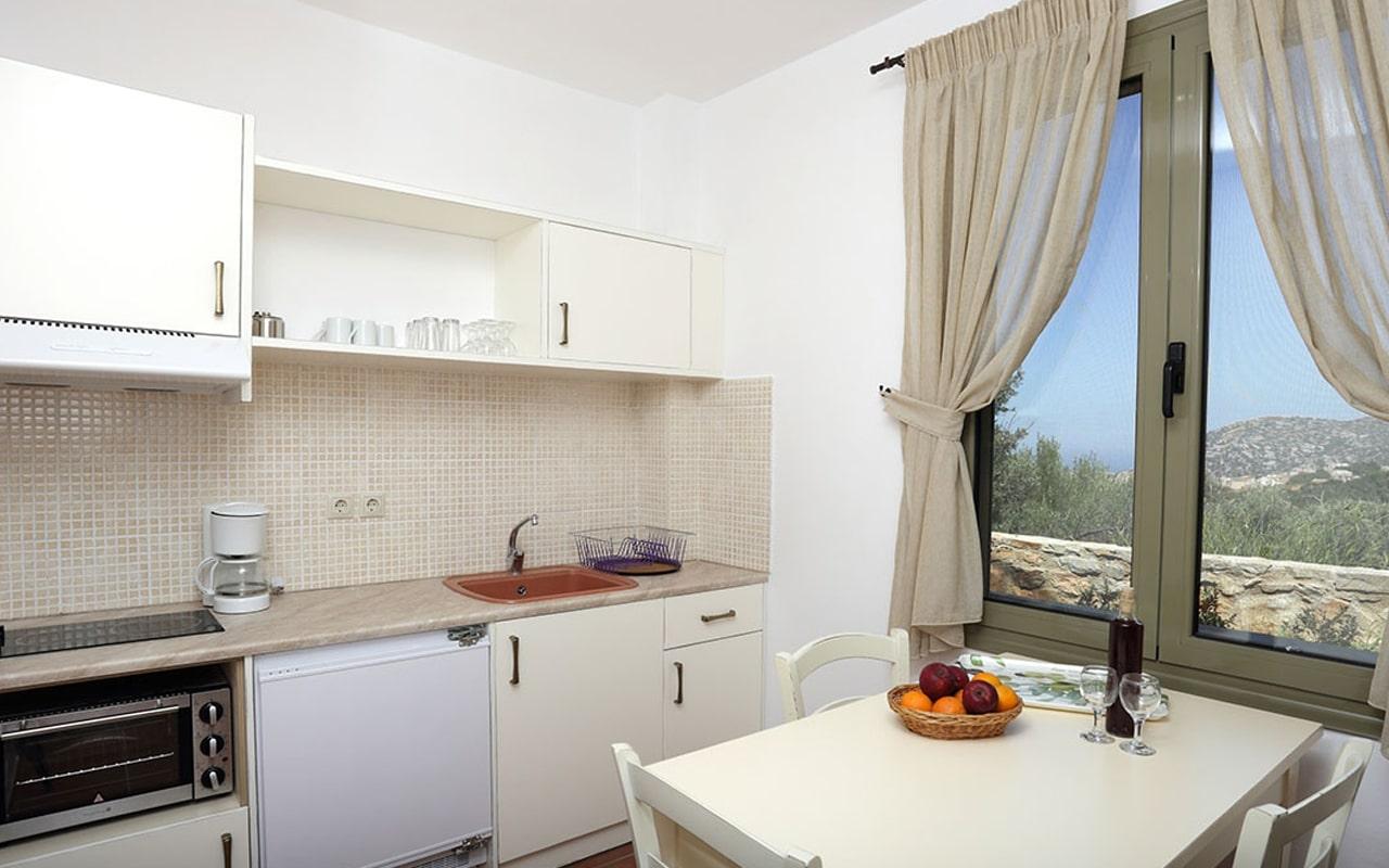 Mourtzanakis Residence by CHC (12)