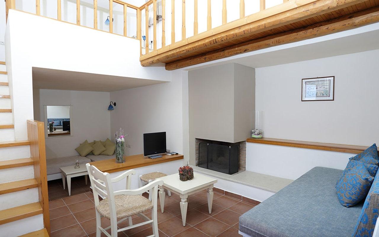 Mourtzanakis Residence by CHC (2)