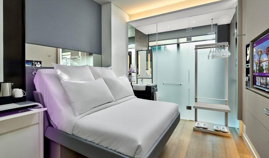 Premium Queen Room-min