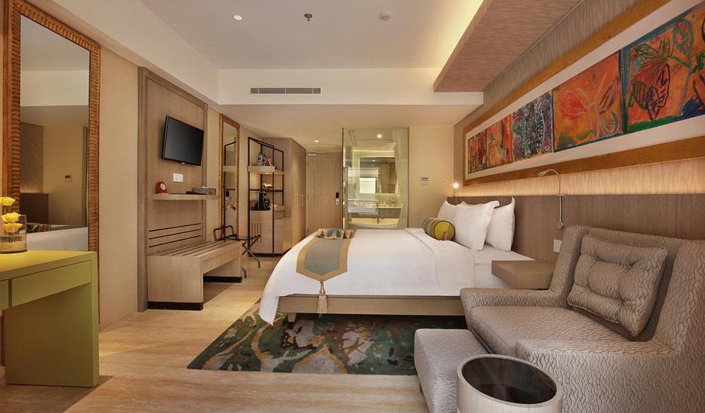 Premium Room with Balcony-min