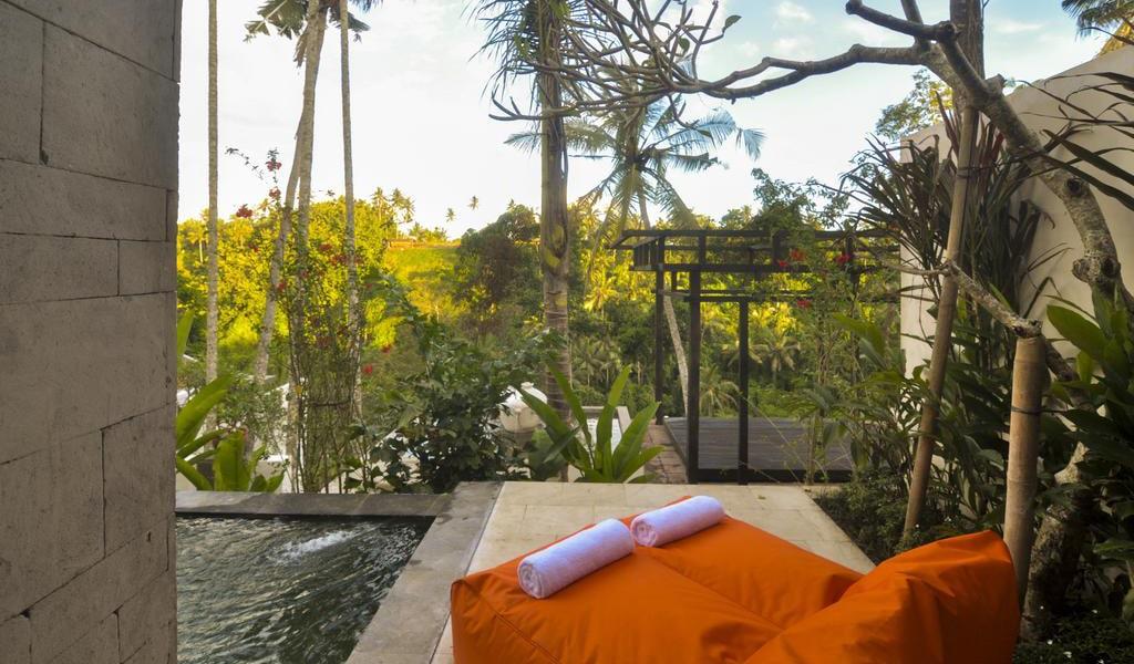 Royal Villa with Private pool 4-min