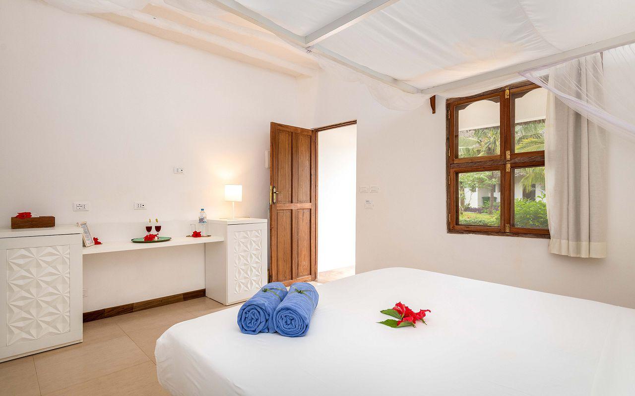 Sandies Baobab_Garden Room7