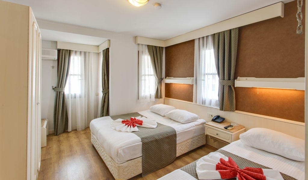 Sherwood Prize Hotel8-min