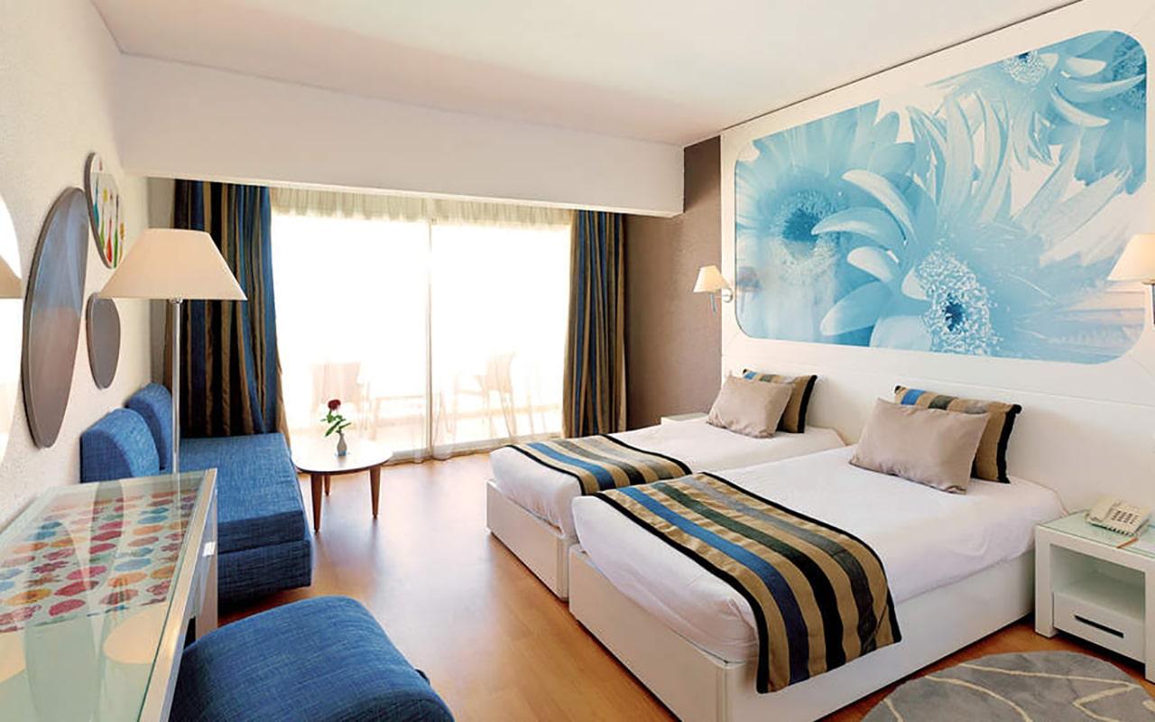Standard Room (2)-min