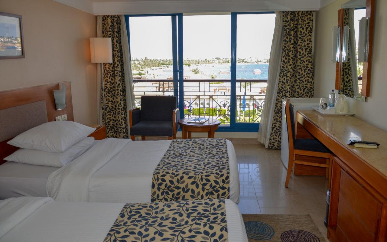 Standard Sea View Room site-min