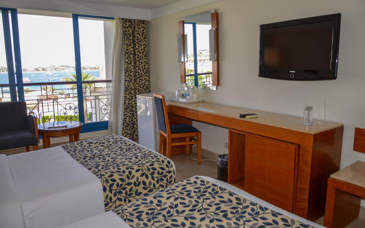 Standard Sea View Room site_03-min