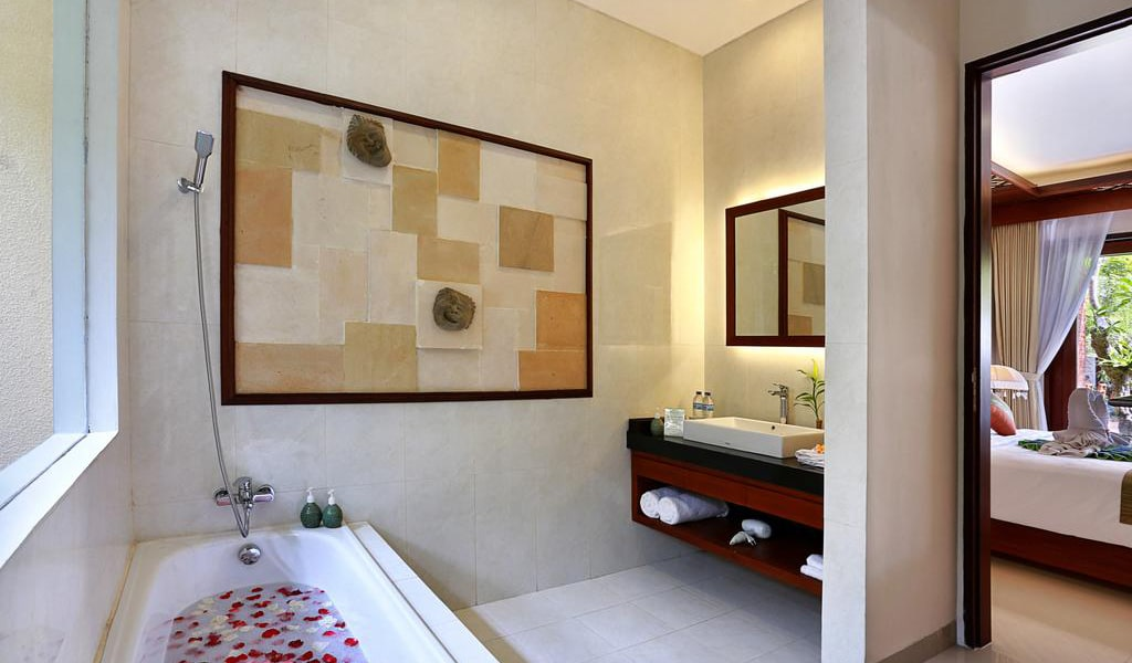 Super Deluxe Double Room with Pool View 7-min