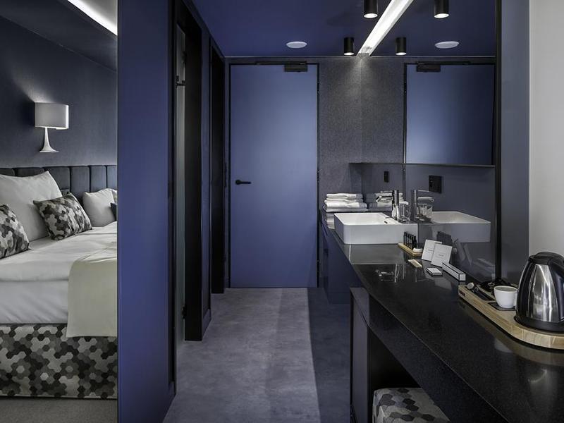 Superior Triple Room (2)
