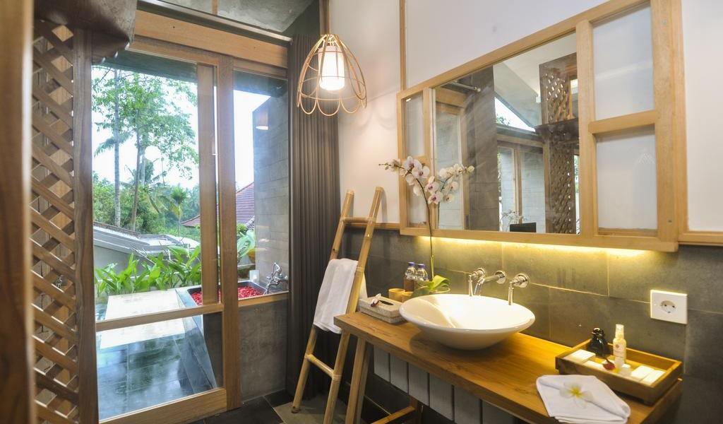 Terrace Villa with Private Pool 4-min