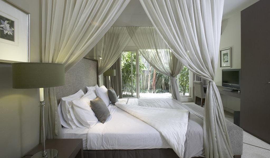 Three-Bedroom Villa with Private Pool2-min