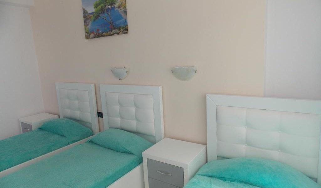 Triple Room with Balcony-min