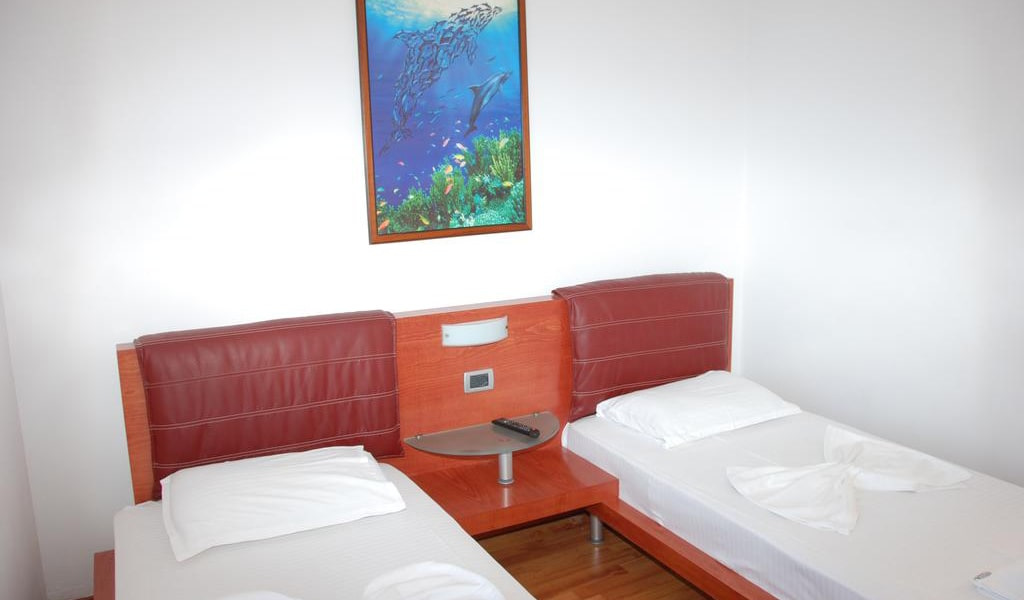 Twin Room with Sea View and Balcony 2-min