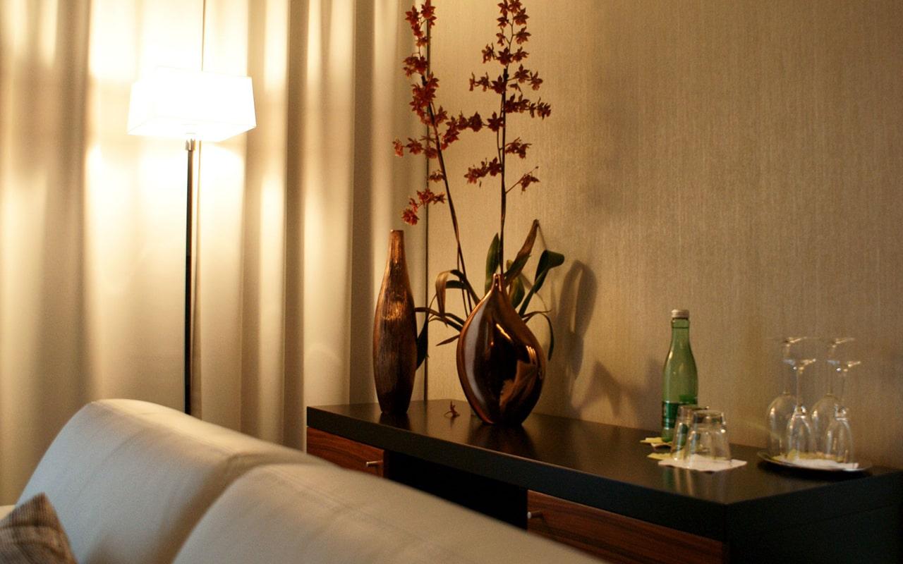 Avance Hotel