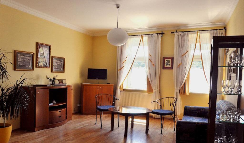 Apartment 3-min