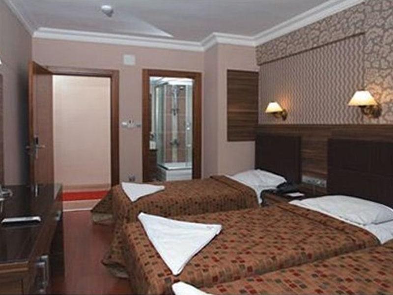 Bazaar Hotel (4)