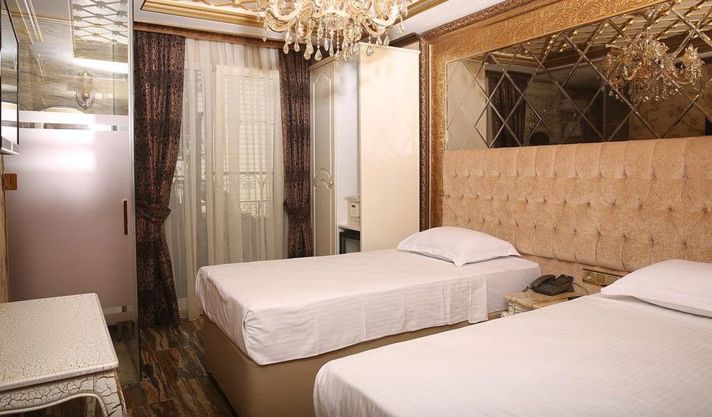 Blue Marmaray Hotel (13)