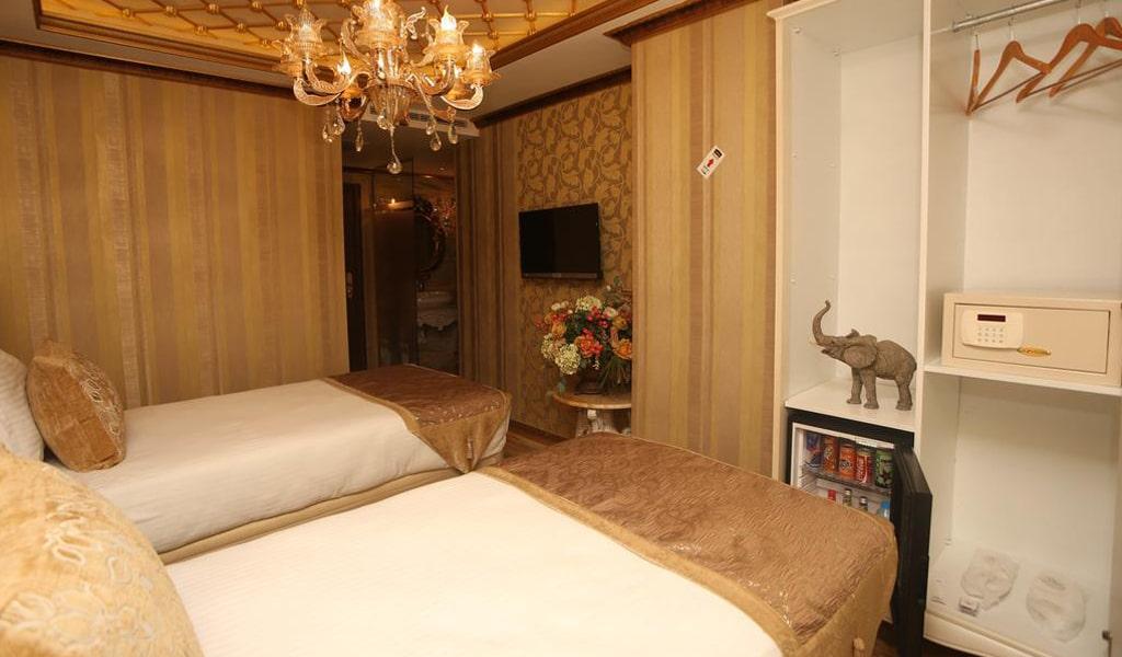 Blue Marmaray Hotel (8)