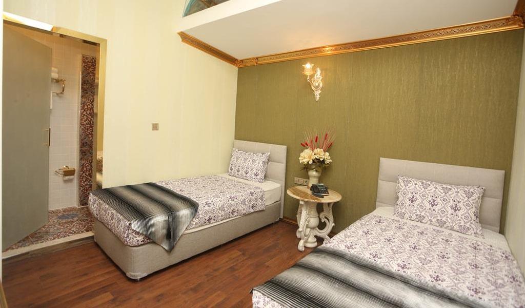 Blue Marmaray Hotel (9)