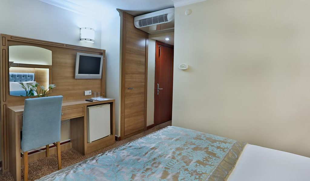 Budo Hotel (3)