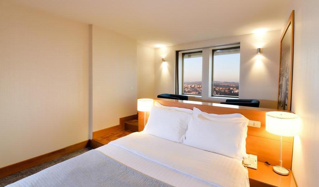 Deluxe Double Room with Bosphorus View 3-min