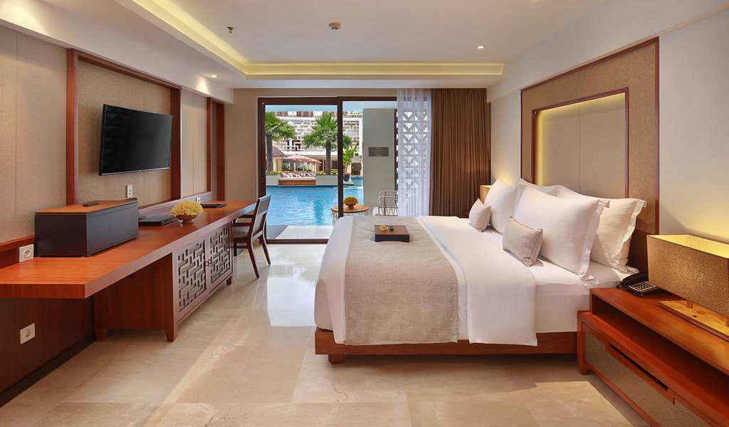 Deluxe Double Room with Lagoon Access-min