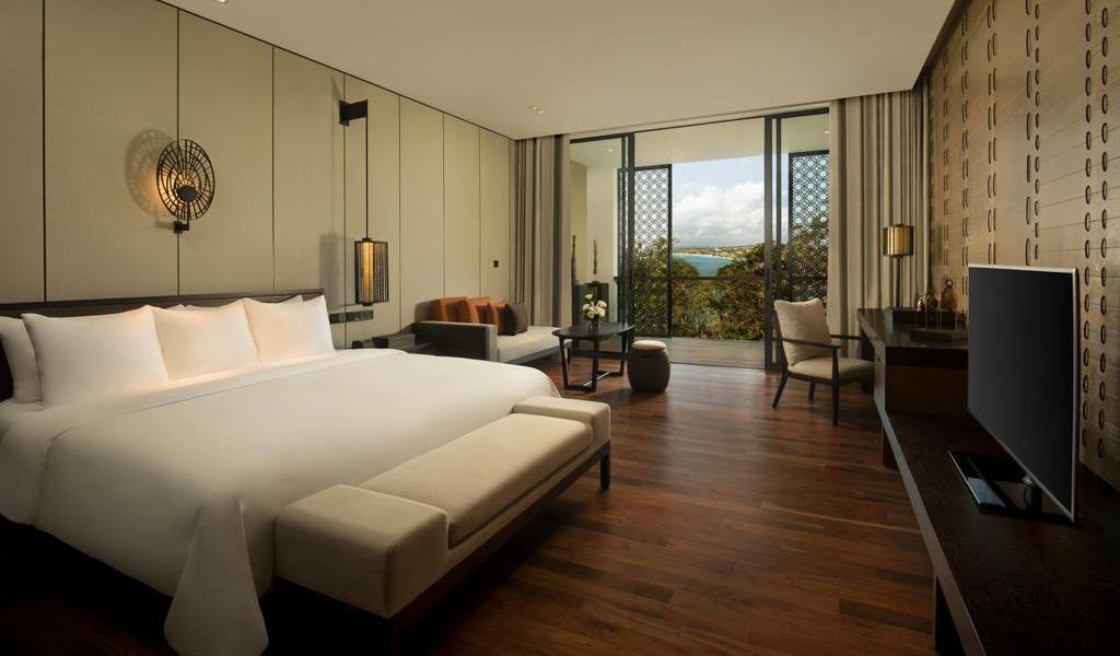 Deluxe Double Room with Ocean View 2-min
