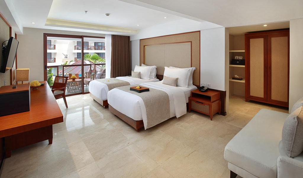 Deluxe Double or Twin Room 5-min