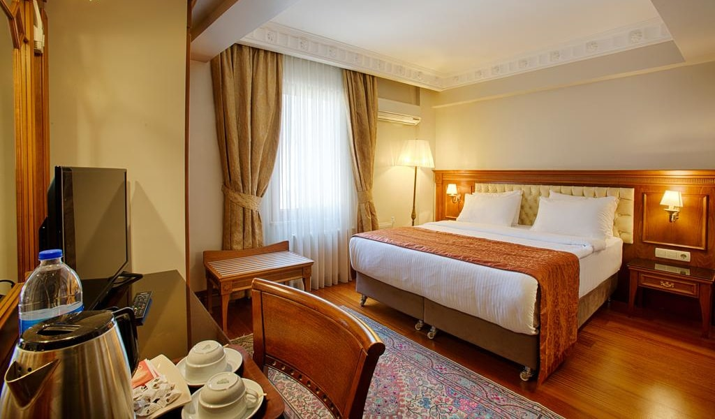 Economy Double or Twin Room 1-min