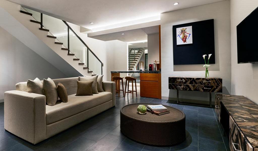 Family Loft Suite with Spa Bath-min