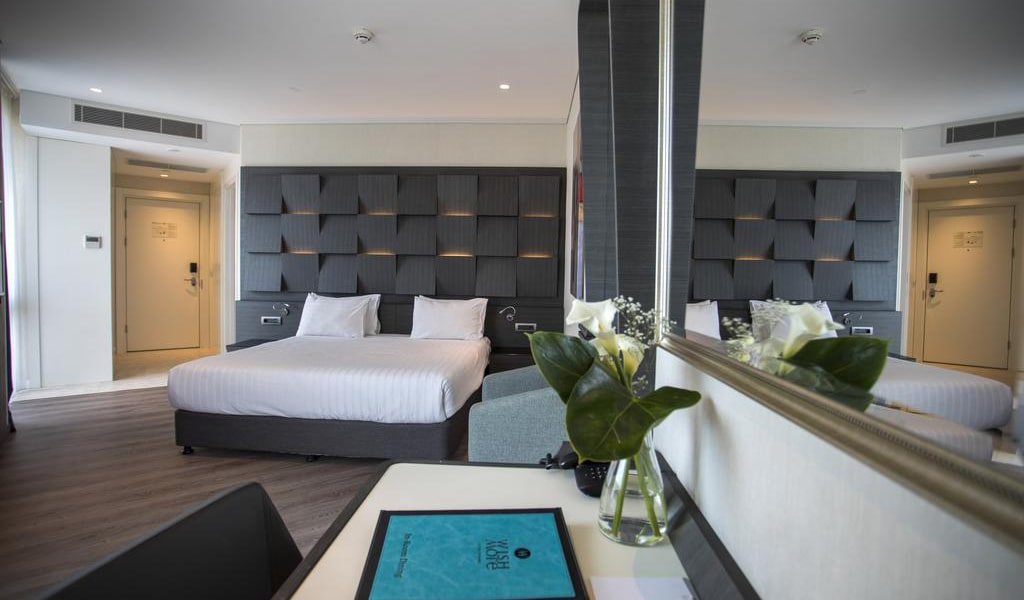 Junior Suite with King Bed 2-min