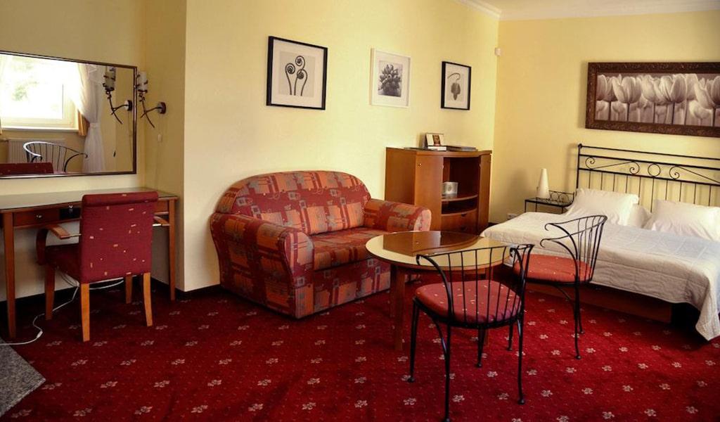 Large Apartment 7-min