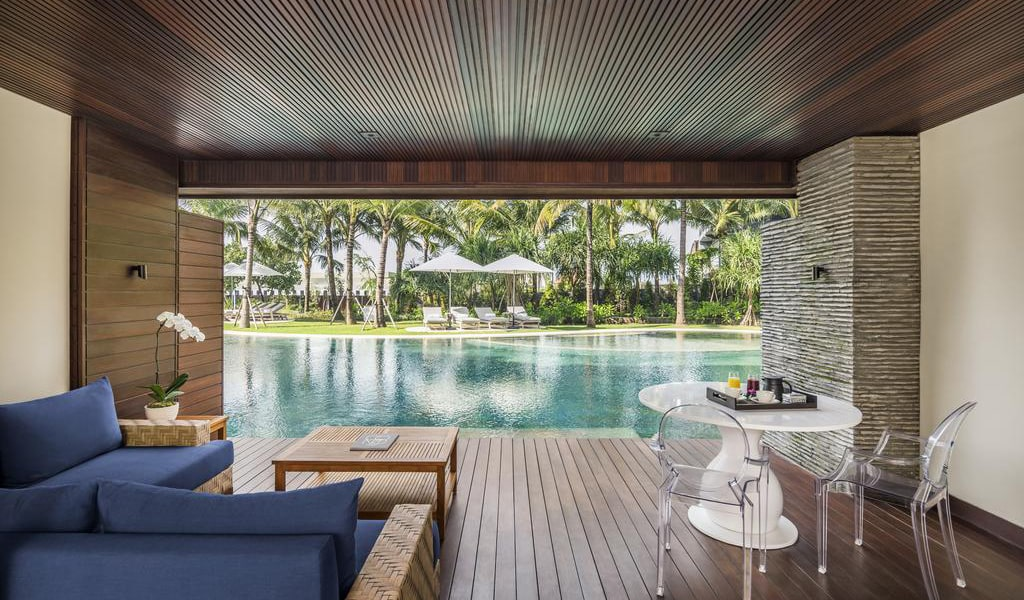 One Bedroom Residence with Lagoon Access-min
