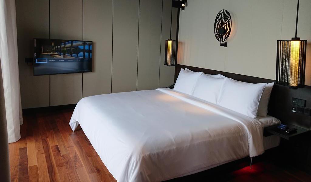 One-Bedroom Suite with Ocean View 2-min