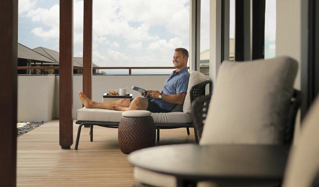 One-Bedroom Suite with Ocean View 4-min