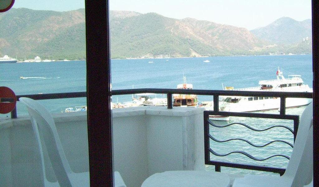 Palm Beach Hotel5-min
