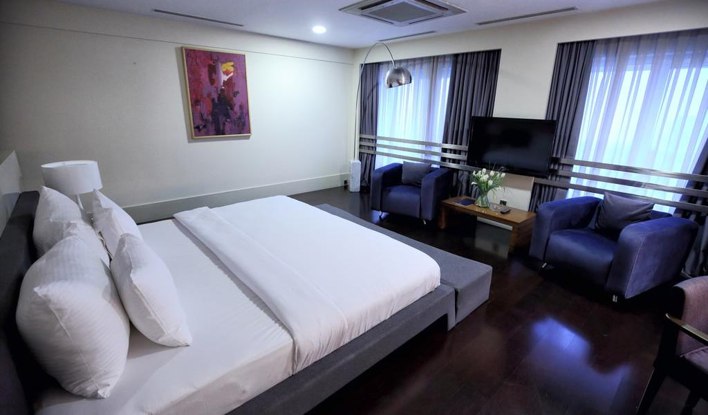 Presidential Suite with Sea View 7-min