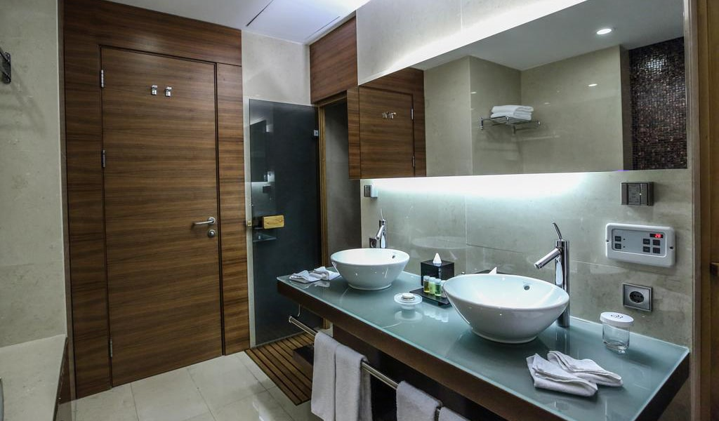 Presidential Suite with Sea View 9-min