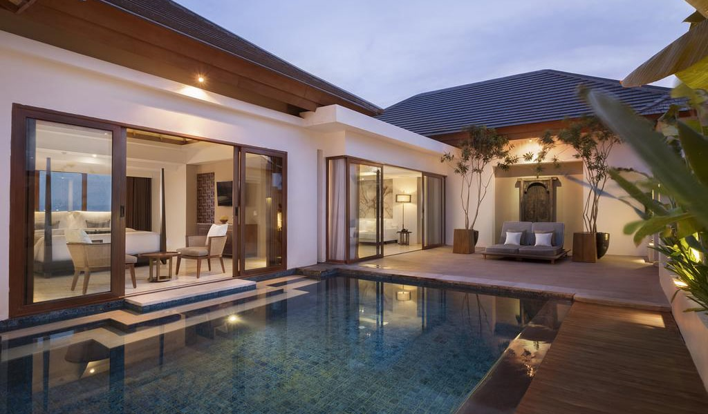 Royal Suite Private Villa with Pool 5-min