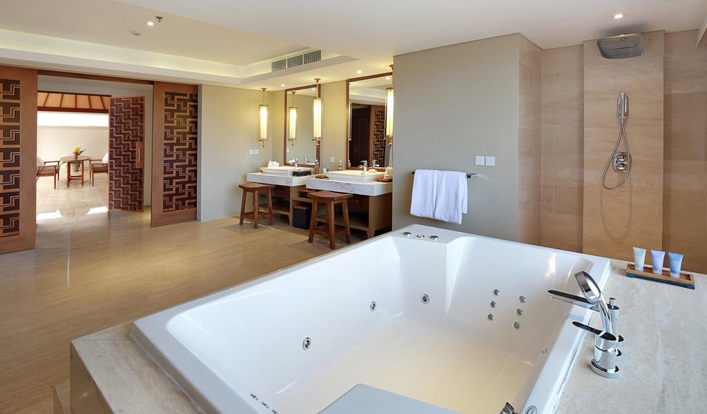Royal Suite Private Villa with Pool 9-min