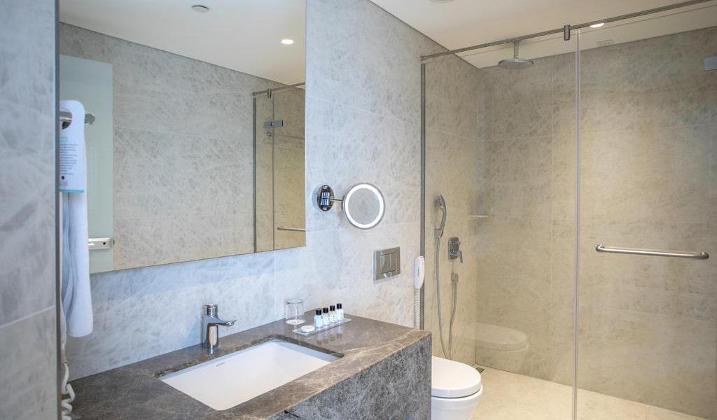 Standard Double Room 7-min