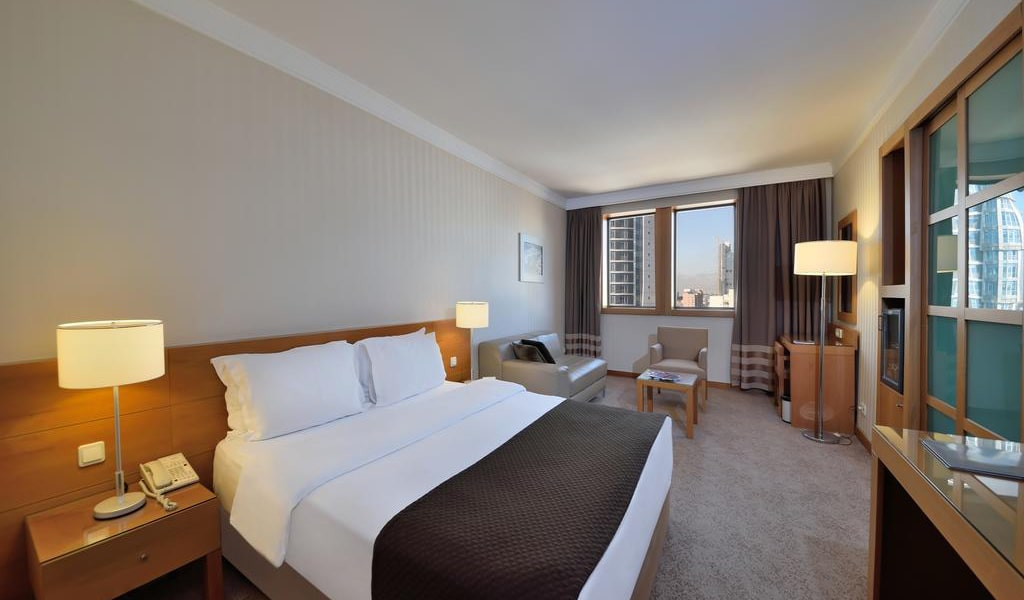 Superior Double Room with City View 5-min
