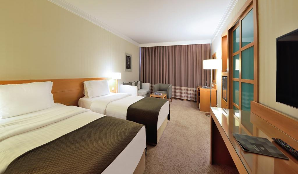 Superior Twin Room with Bosphorus View 4-min