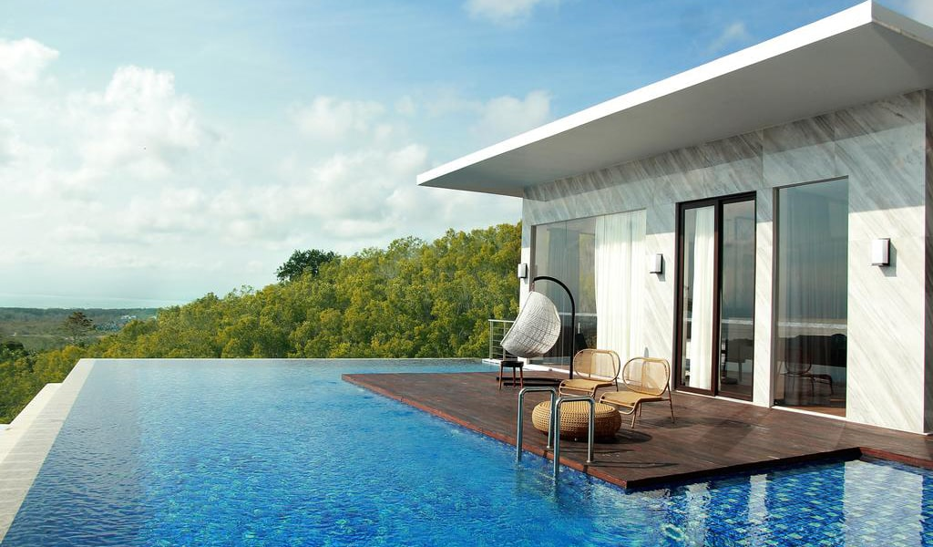 Three-Bedroom Presidential Villa with Balcony and Ocean View 3-min