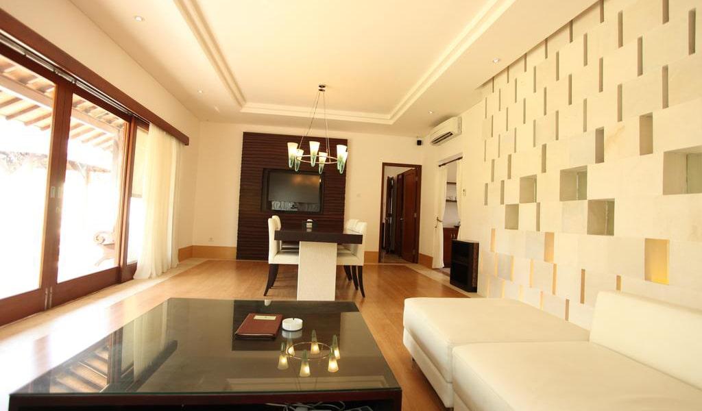 Three-Bedroom Villa 5-min