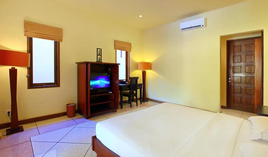 Three-Bedroom Villa with Private Pool 2-min