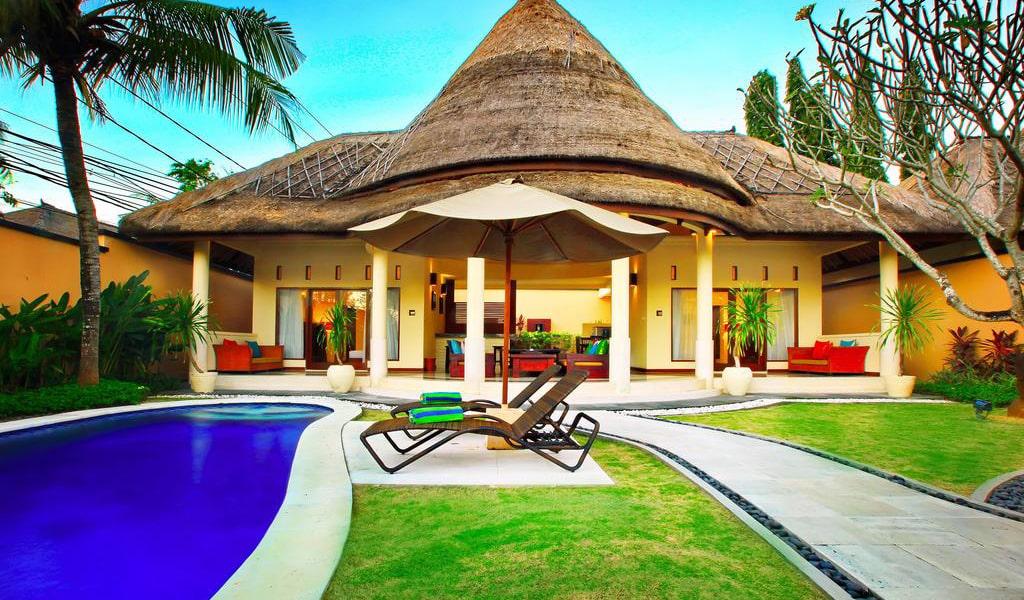 Three-Bedroom Villa with Private Pool-min